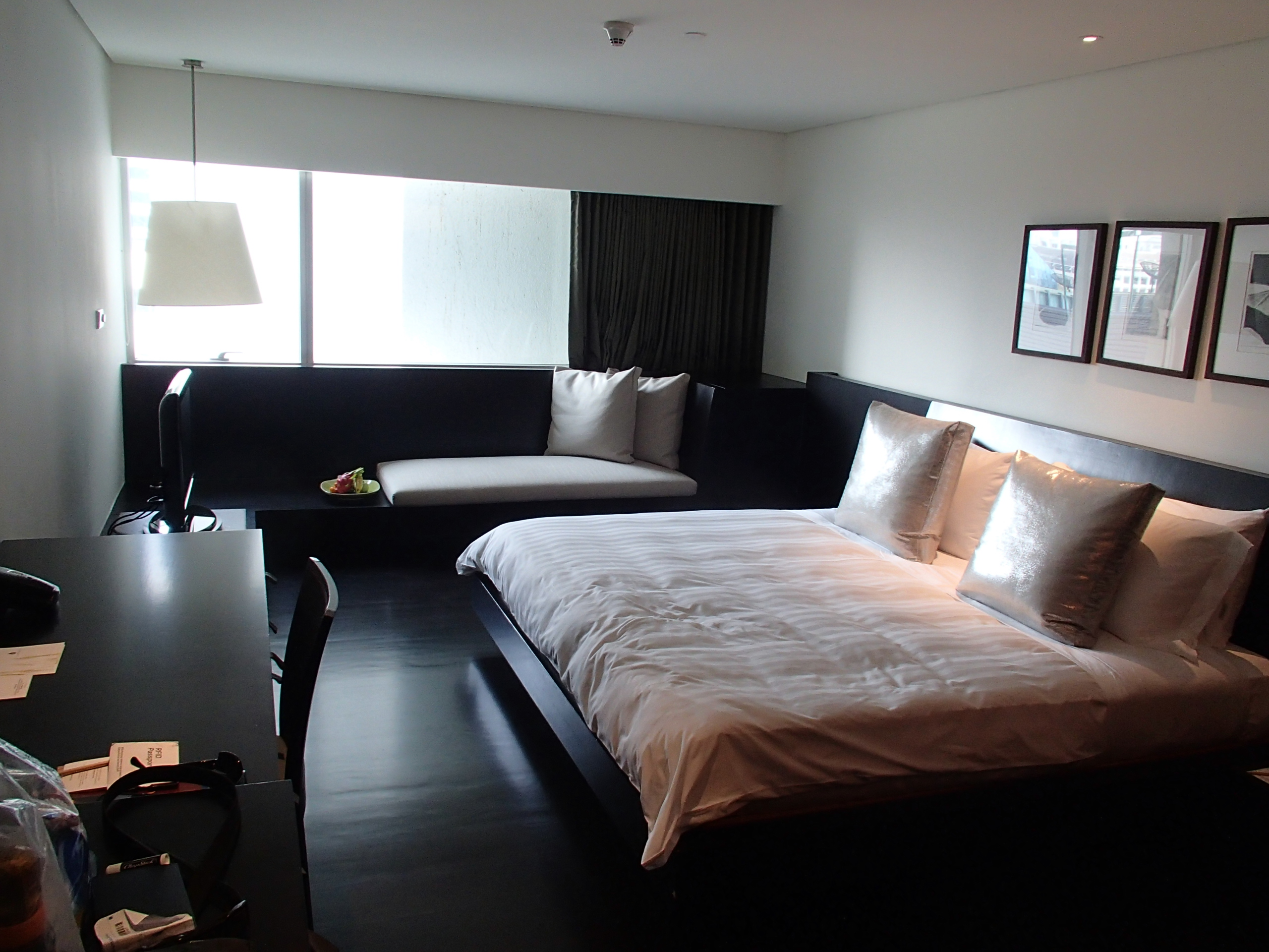 Metropolitan Hotel Bangkok room