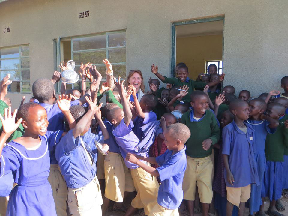 kids at Tanzania school