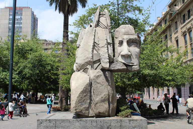 sculpture at Plaza de Armas Santiago