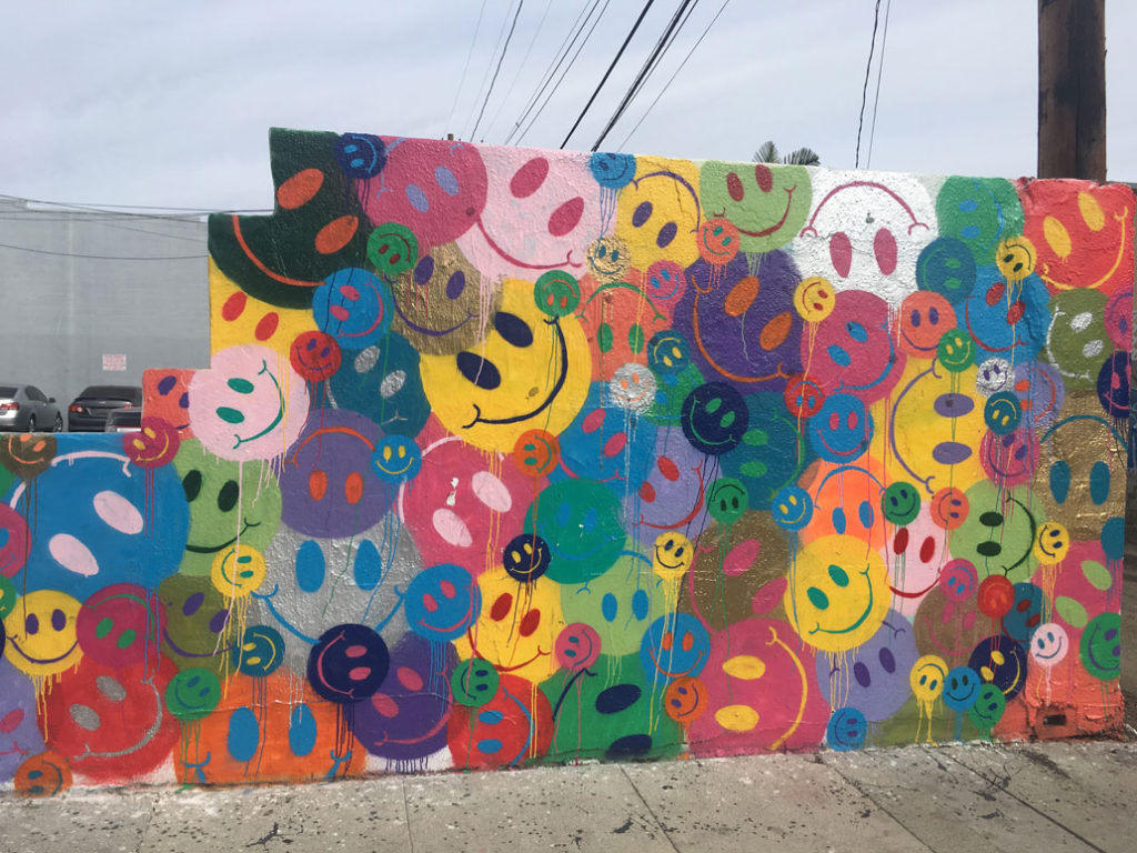 happy faces mural Melrose Ave