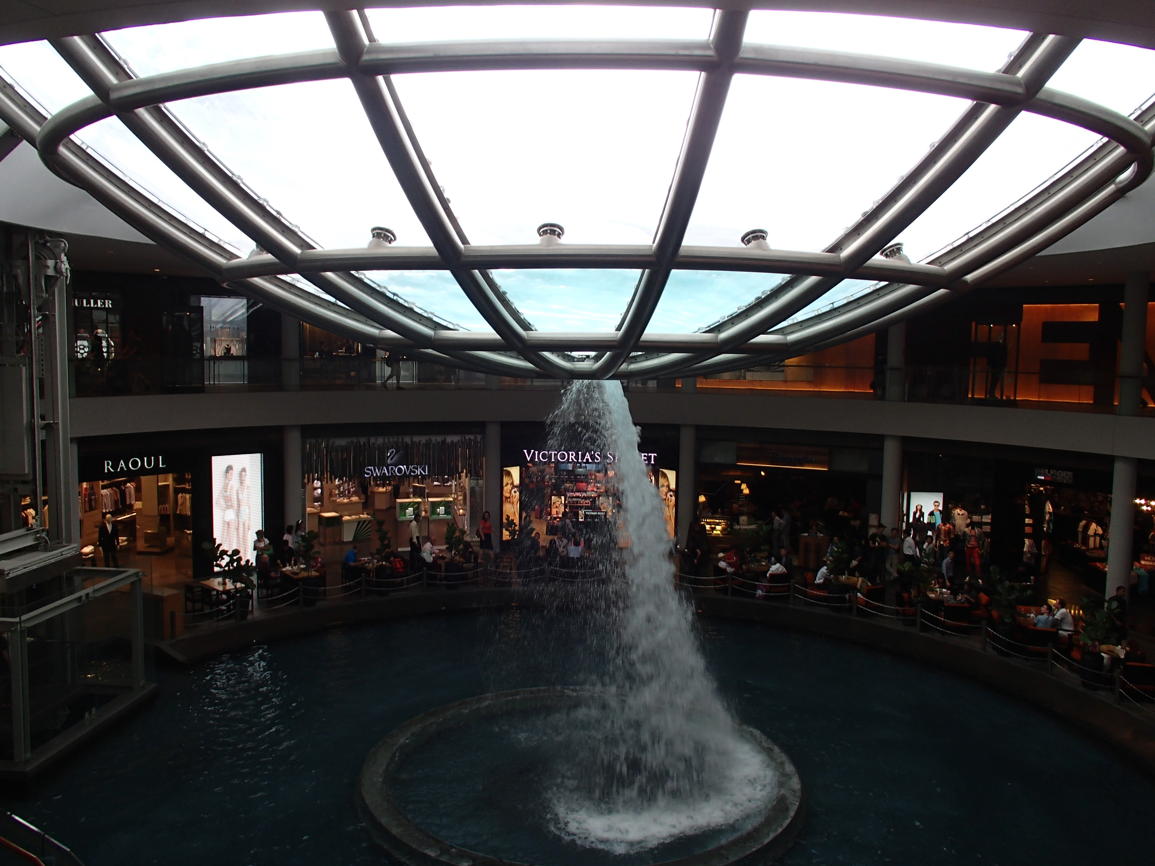 Fountain at Marina Bay Sands mall