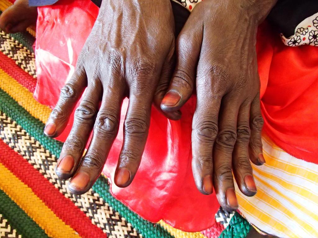 henna dye on Nubian woman