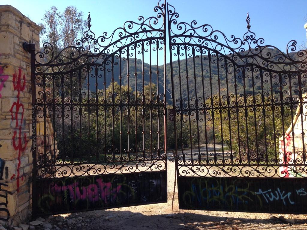 Murphy Ranch gate
